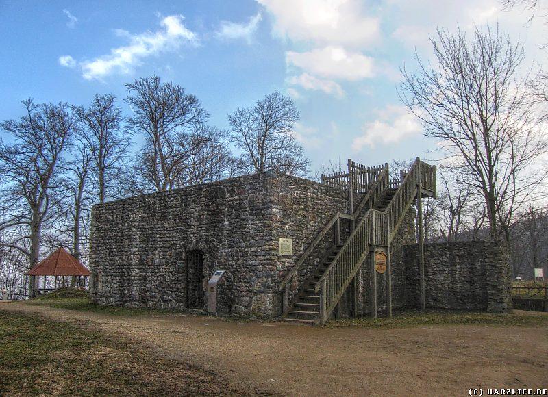 Der rekonstruierte Stumpf des Pulverturms