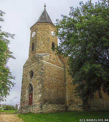 Blick auf die St.-Annen-Kirche in Schadeleben