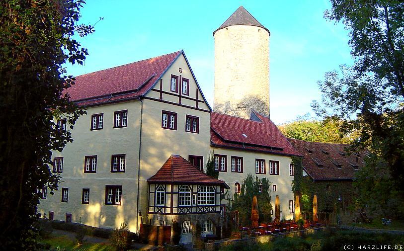 Blick vom Schlossgarten auf das Wasserschloss Westerburg