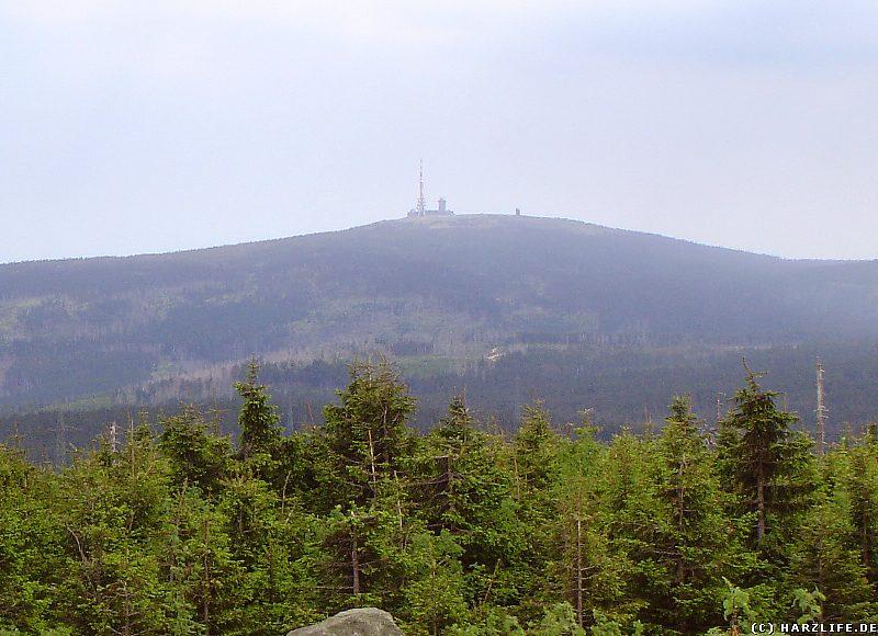Blick von der Wolfswarte zum Brocken