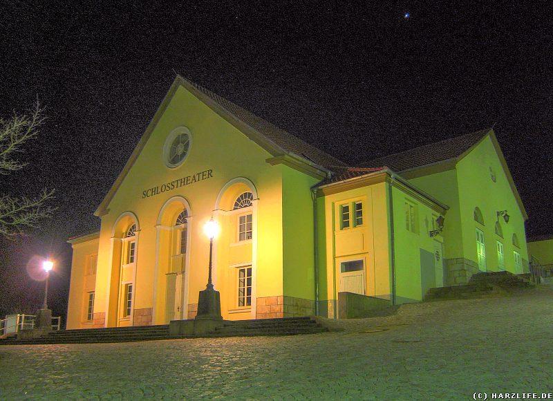 Das Ballenstedter Schloßtheater bei Nacht