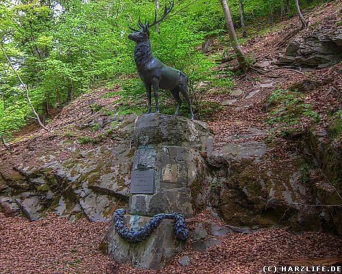 Das Hirschdenkmal bei Stolberg im Harz