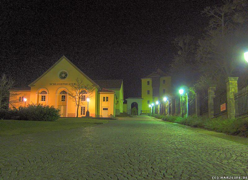 Der Aufgang von der Allee zum Schloß Ballenstedt