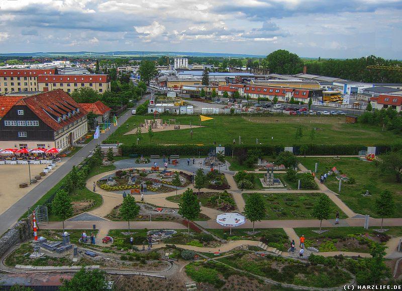 Blick vom Aussichtsturm im Bürgerpark auf den ''Kleinen Harz''