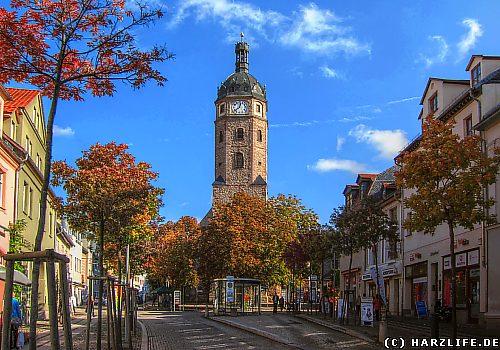 Kylische Straße und Kirchturm von St. Jacobi