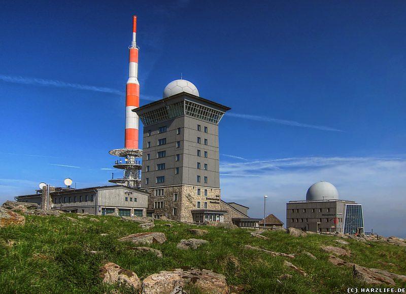 Blick auf Brockenhaus und Brockenherberge