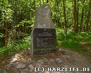 Ein Gedenkstein im Klostergrund