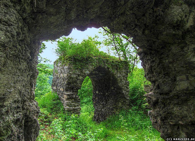 Das Burgtor der Ruine Questenburg