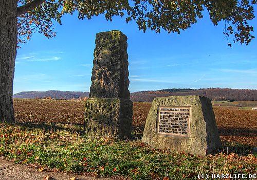Der Gedenkstein für Freiherrn von Fuchs von Bimbach