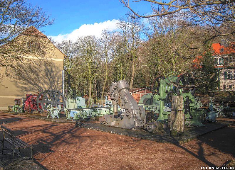 Historische Maschinen auf dem Freigelände des Mansfeld-Museums