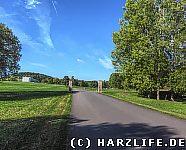 Die Zufahrtsstraße