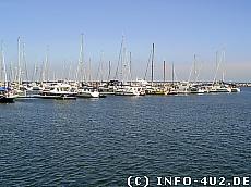 Hintergrundbild Yachthafen